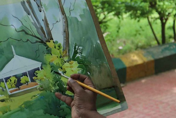 Plein air painting or 'En Plein air' is a French expression which means 'open air'. It is the practice of creating an art outdoors. Pencil And Chai, Bangalore